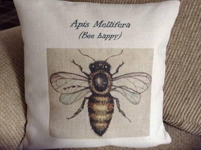 Picture of Bee cushion