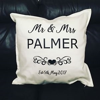 Picture of Wedding couple cushion