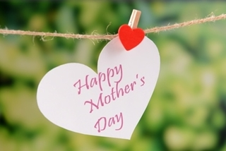 Picture of Mothers Day Metal hanging heart